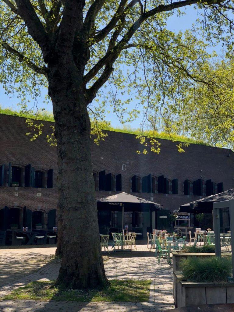 Fort_Altena_Ruimtes_Binnenplein (6)