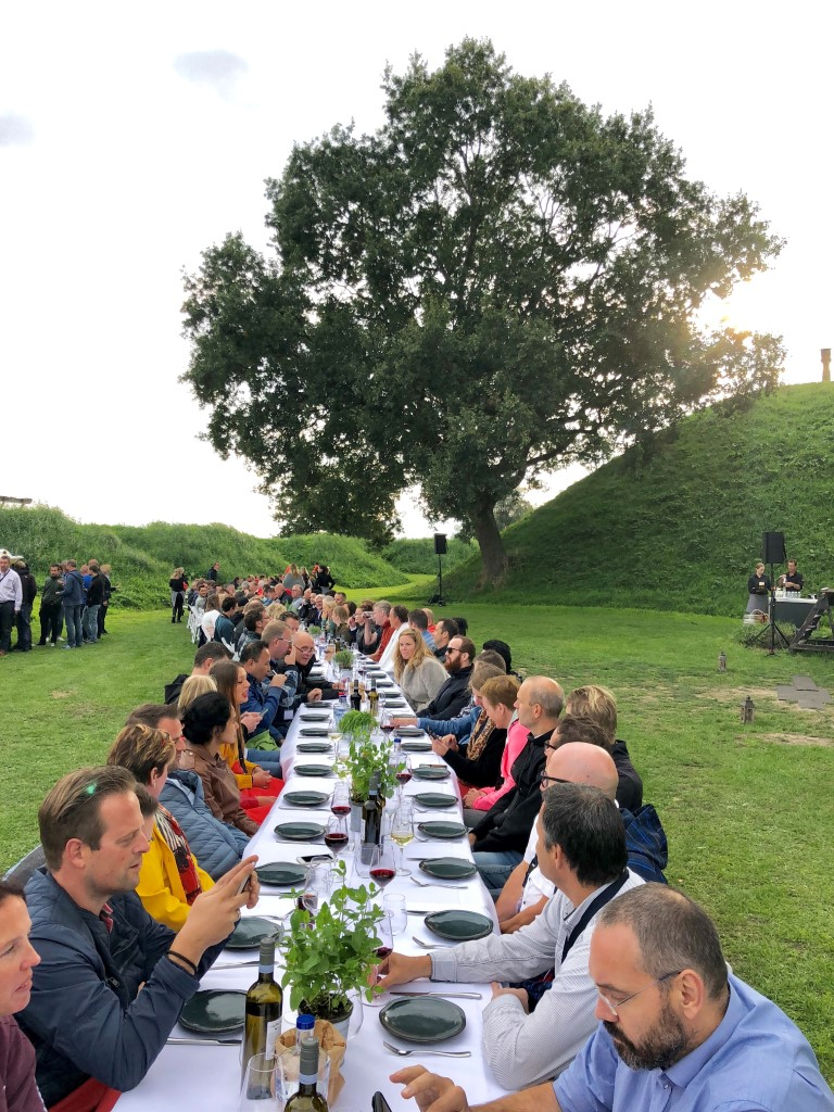 Fort_Altena_Lange_Tafel (1)